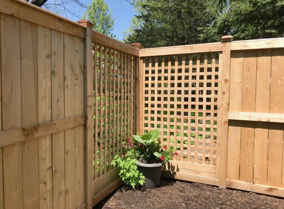 Wood Fences Chicago Peerless Fence Installation Amp Repair
